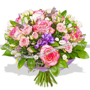Dreams of you - a bouquet of pink and white roses with eustoma