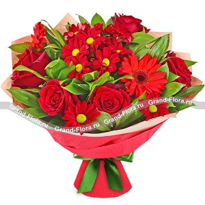 Red splendor - a bouquet of roses